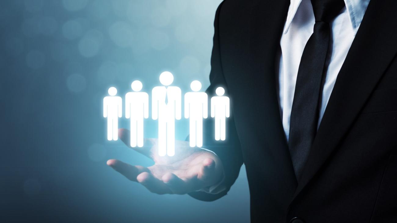 Titelbild-Blog-Interim Manager-vs.-Unternehmensberater-vs.-interne Ressourcen